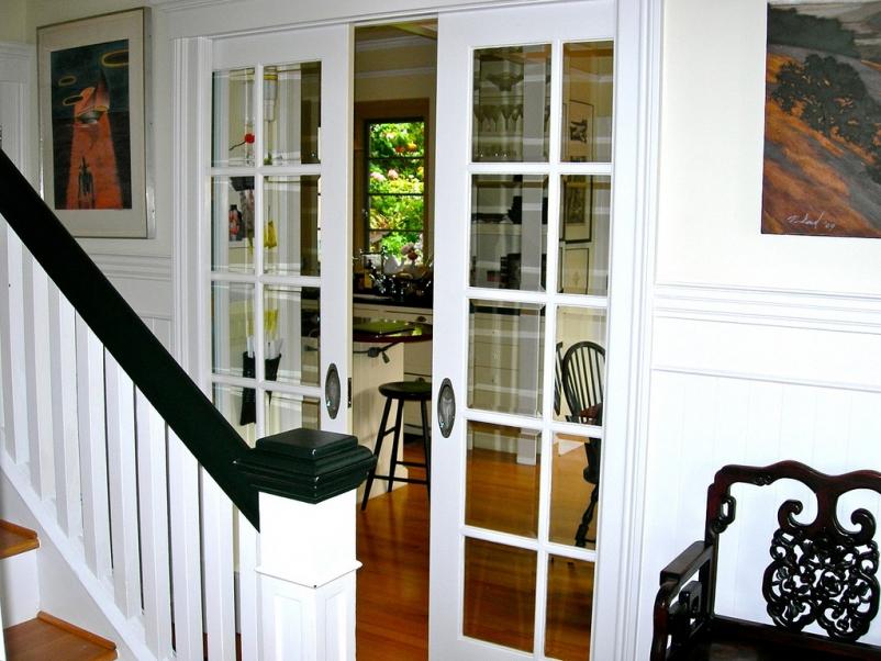 http://www.rivendellcarpentry.com/files/gimgs/th-2_1_slidingdoors.jpg